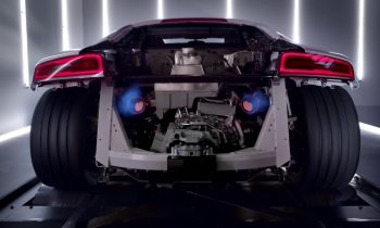 Audi R8 V10 plus on dyno max power with flames