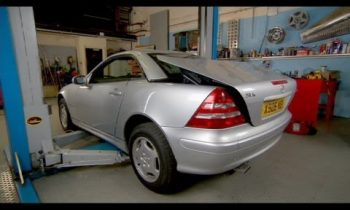How To Repair A Mercedes SLK Roof – Wheeler Dealers