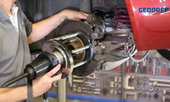 KL-0040-87 – Radlager-Ausbauwerkzeug Opel Insignia mit Hydraulik-Zylinder 17 t