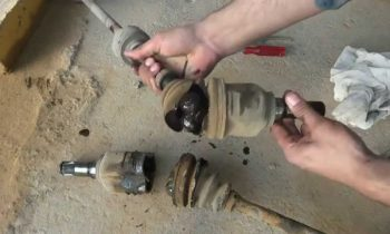 Car axle rebuilding. Drive shaft Boot rubbers replacement.